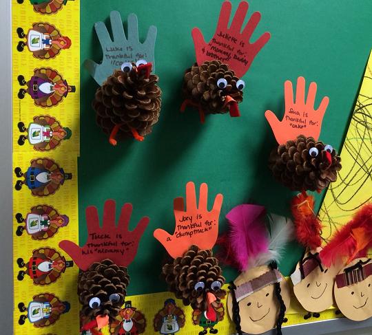 handprint pinecone turkeys