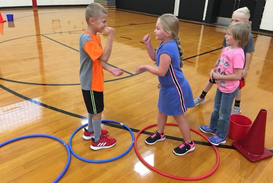 rock paper scissors hoop hop showdown