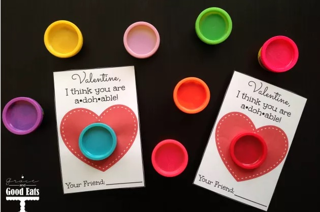 valentine play-doh with free printable