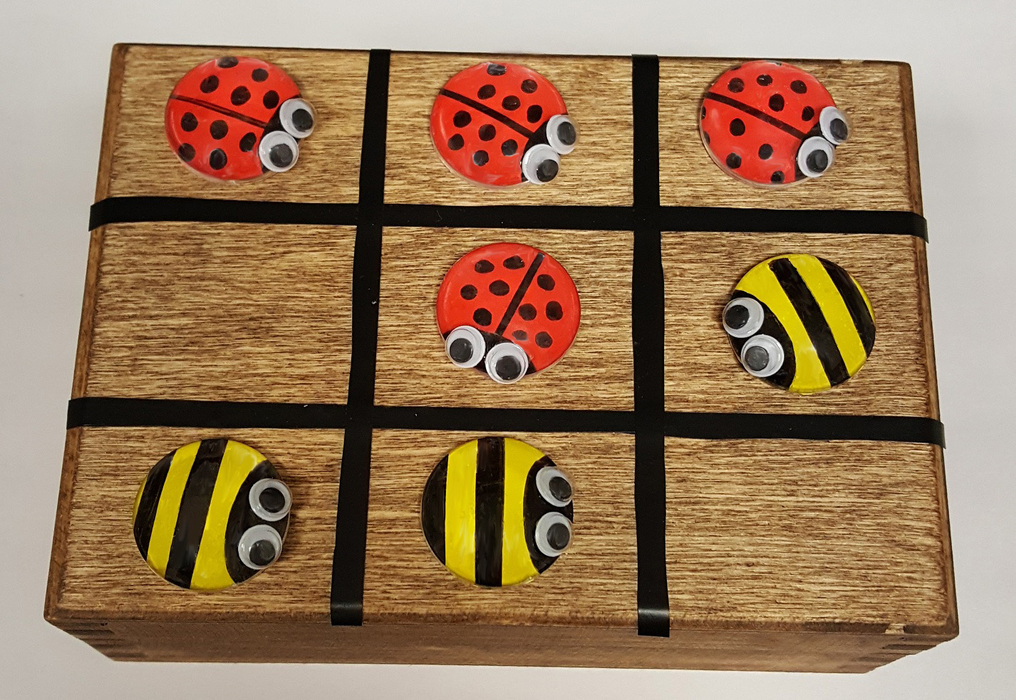 LadyBug & Bee Tic Tac Toe - Summer Craft - S&S Blog