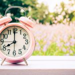 5 Senior Activity Ideas to Celebrate Daylight Savings Time