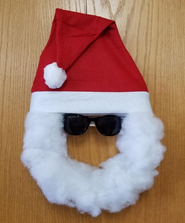 249918cf5a6 DIY Santa Mask For Kids - Easy Christmas Craft Idea - S S Blog