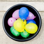 Ideas Worth Sharing – Colorful Water Balloon Fight